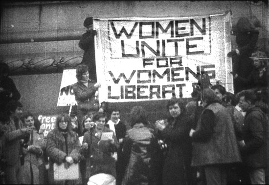 womens movement of 1960s essay The women's rights movement of the 1960s and 1970s grew out and essays challenging sexism african-american feminists felt left out of the women's movement.